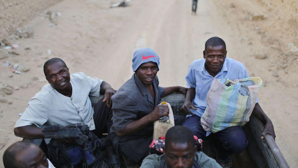 Libyen: Verzweifelte Flucht aus dem Öl-Land