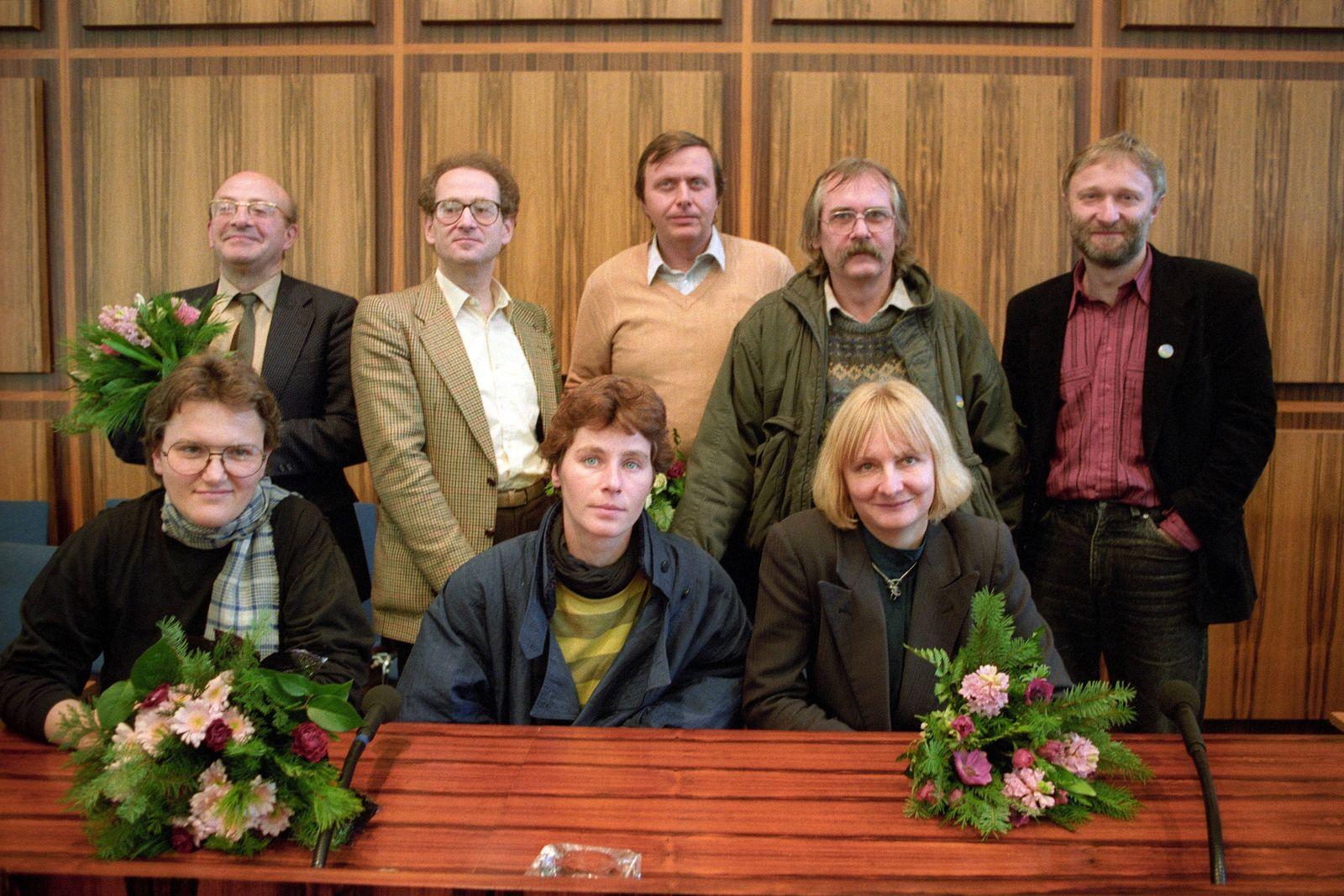 Abgeordnete von Bündnis 90 Die Grünen im Bundestag vorne v l n r Christina Schenk Ingrid Köppe