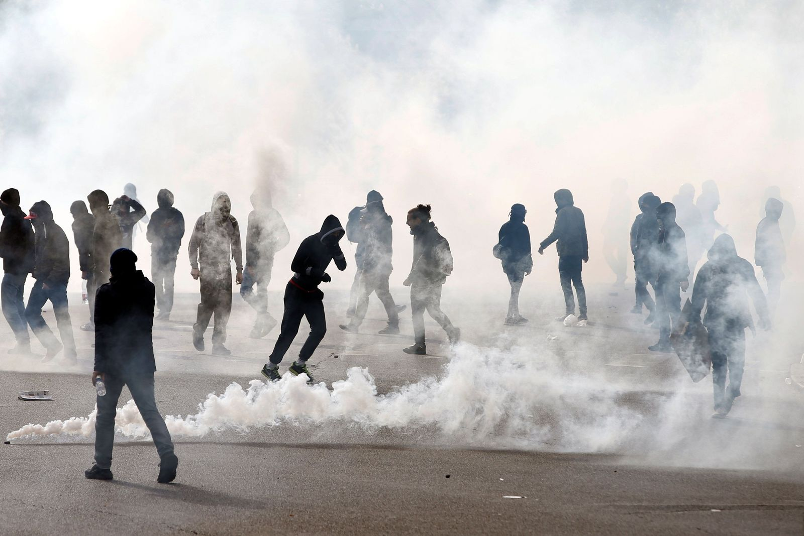Frankreich/ Reform Arbeitsrechts/Gewalttätige Minderheiten/ Gewerkschaftsprotest
