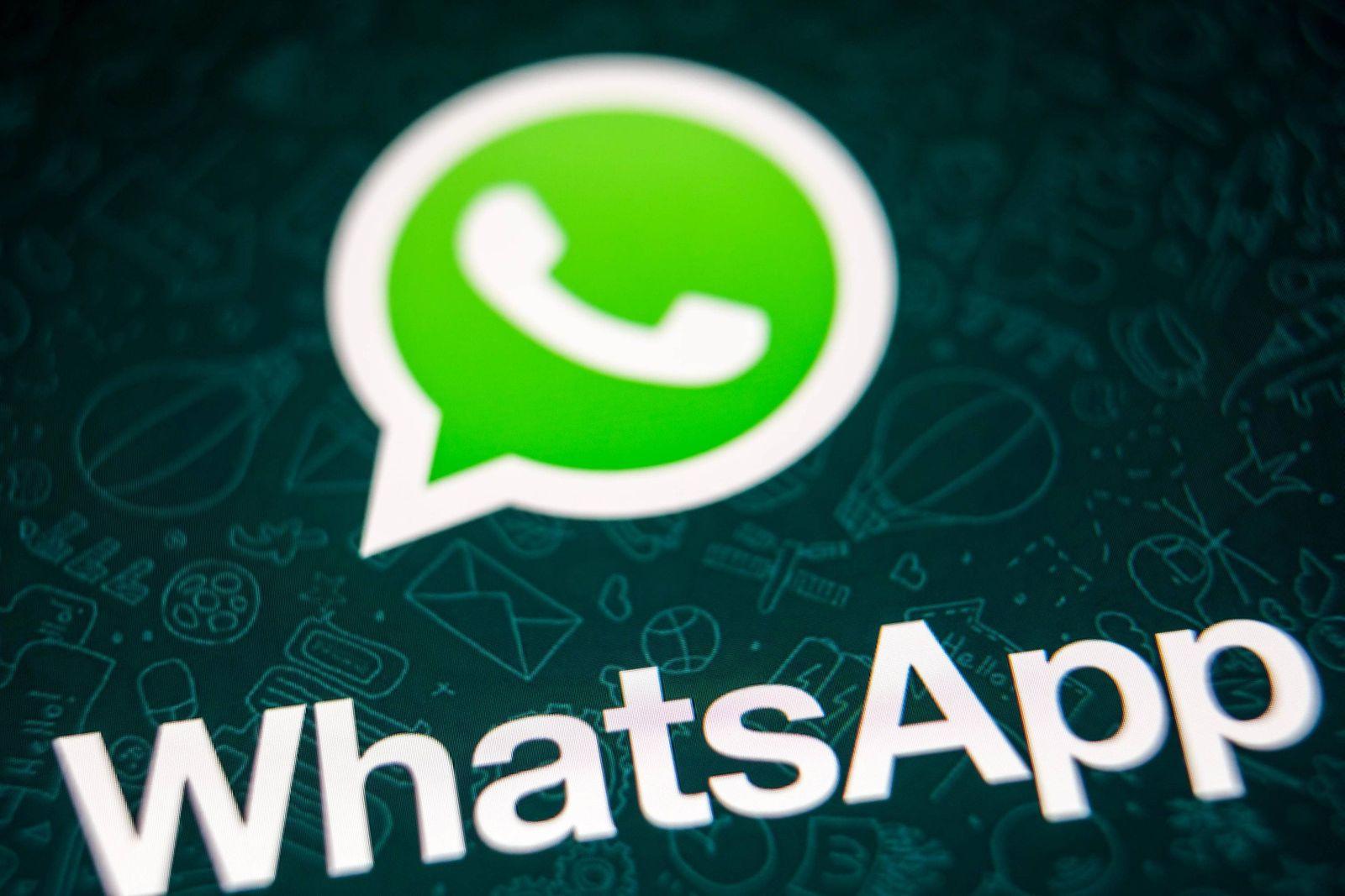 Hamburg 8 Dezember 2017 WhatsApp auf einem iPhone *** Hamburg 8 December 2017 WhatsApp on an iP