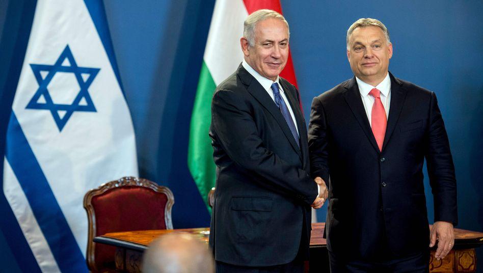 Benjamin Netanyahu (l.), Viktor Orbán