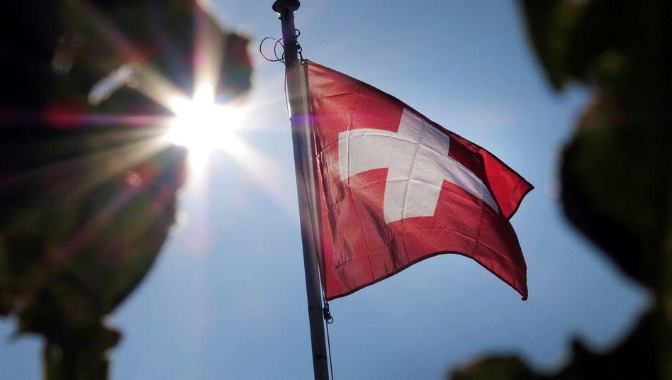 Schweizer Flagge: Griechenland könnte Milliarden holen