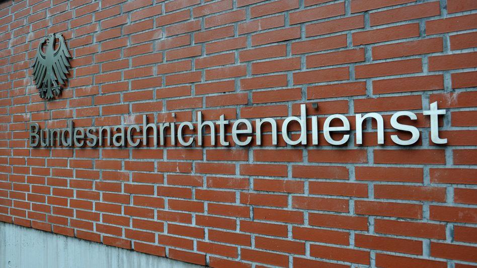 """Bundesnachrichtendienst in Berlin: """"Millionenfache Grundrechtsverletzung"""""""