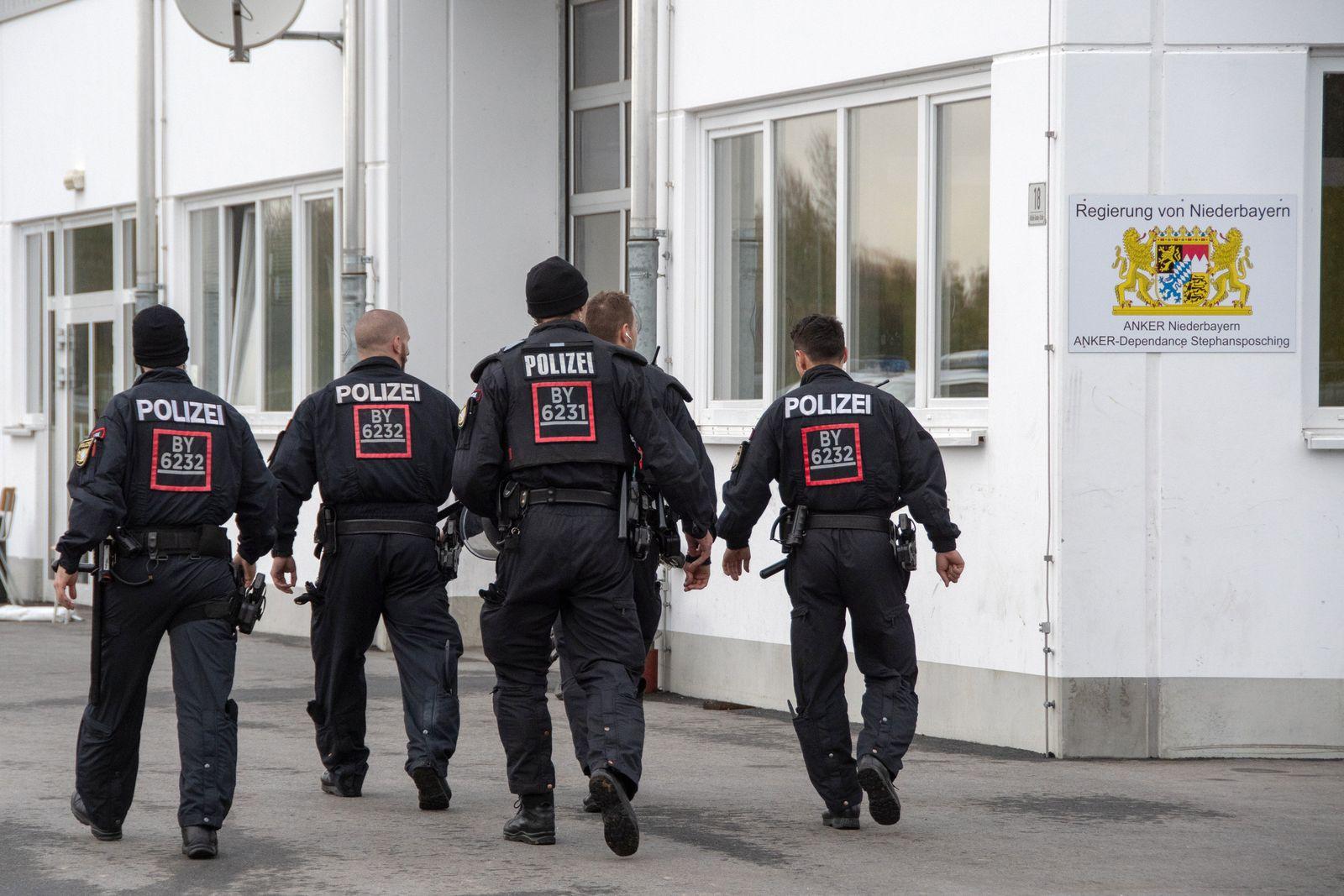 Polizeieinsatz in Flüchtlingsunterkunft eskaliert