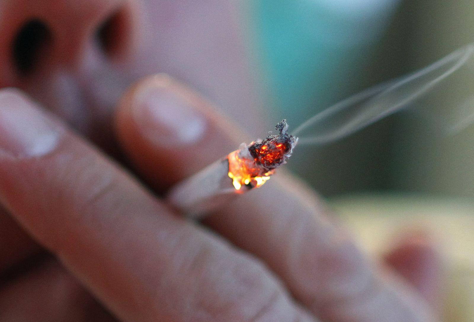 Raucher / Rauchen / Zigarette