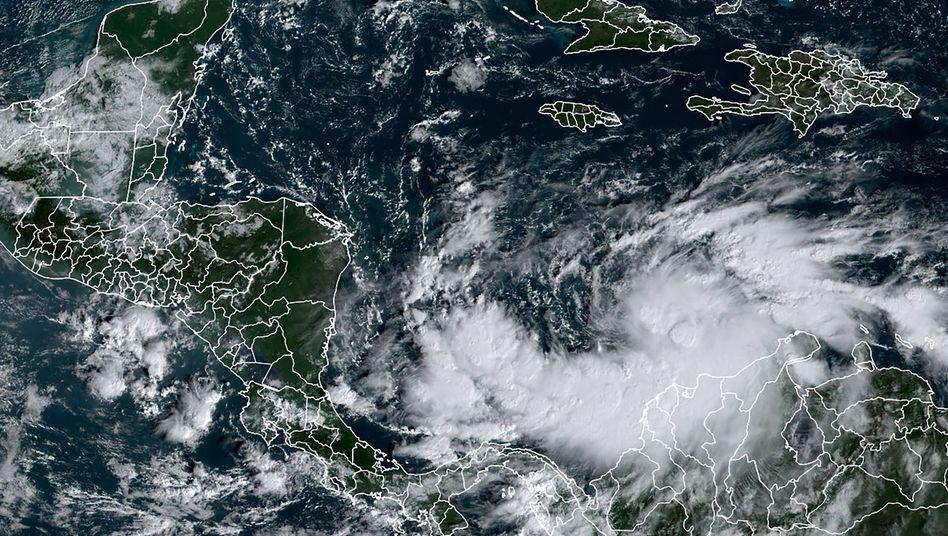 """Hurrikan """"Iota"""" (Satellitenbild vom 14. November)"""