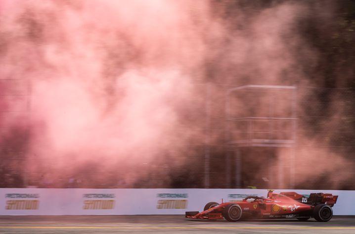 Der Monza Eni Circuit war ganz in Rot getaucht