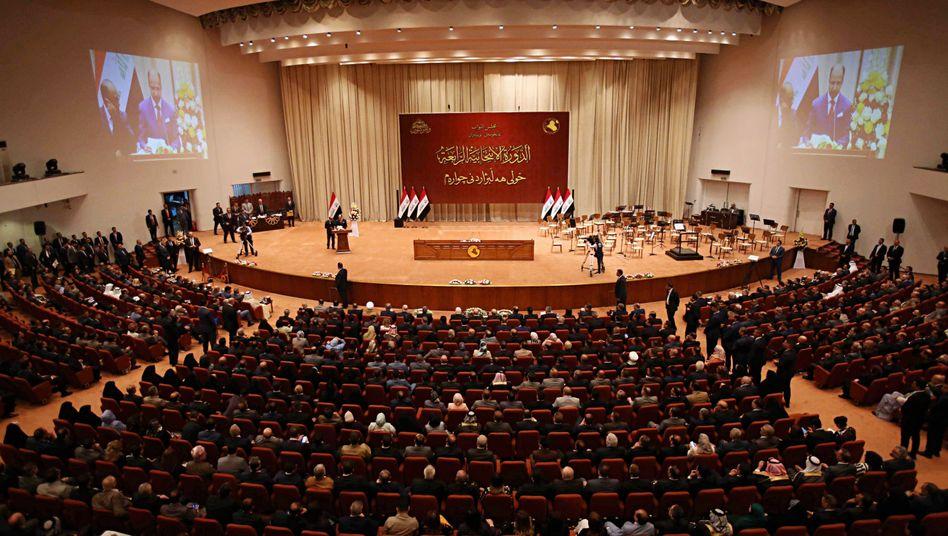 """Parlament in Bagdad: """"Grundsätzlich und aus praktischen Erwägungen"""" das Beste für das Land"""