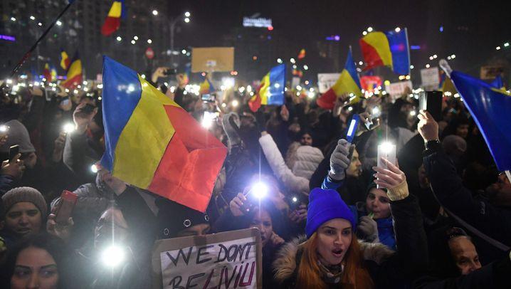 Rumänien: Massenproteste gegen die Regierung