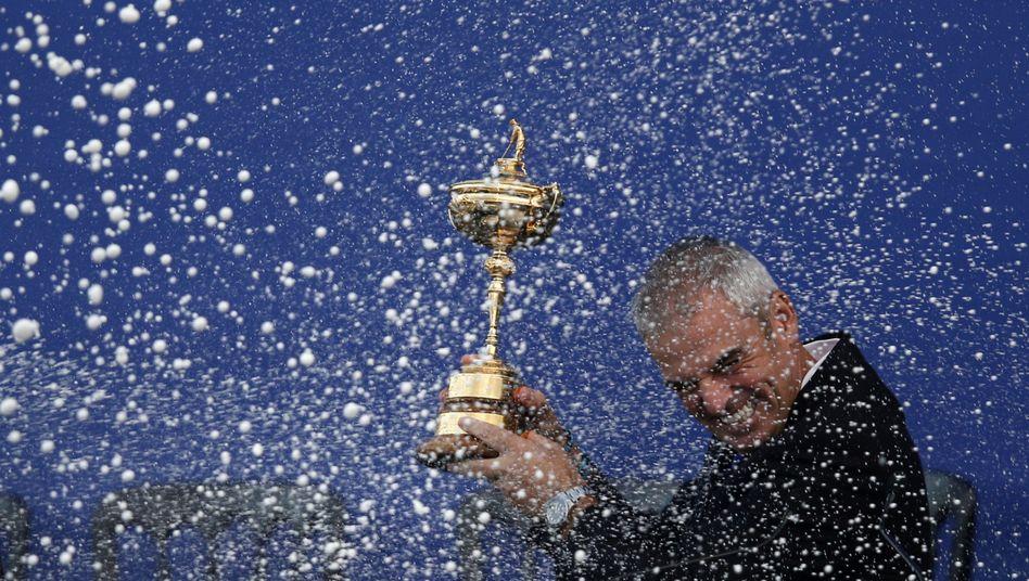 Jubelnder Team-Kapitän McGinley beim Ryder Cup: Mehrere Bewerber für Gastgeberrolle 2022