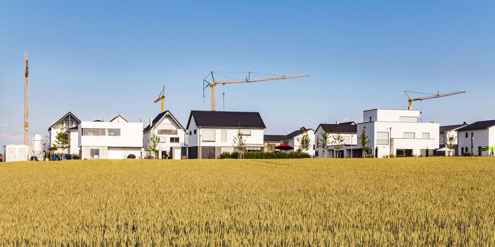 EINMALIGE VERWENDUNG Einfamilienhaus / Hausbau / Immobilien