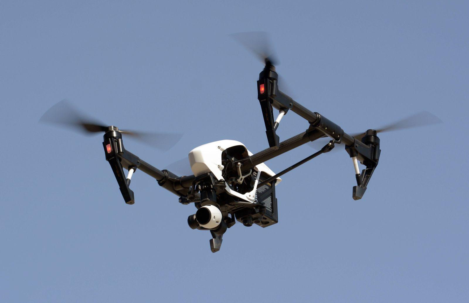 EINMALIGE VERWENDUNG Drone
