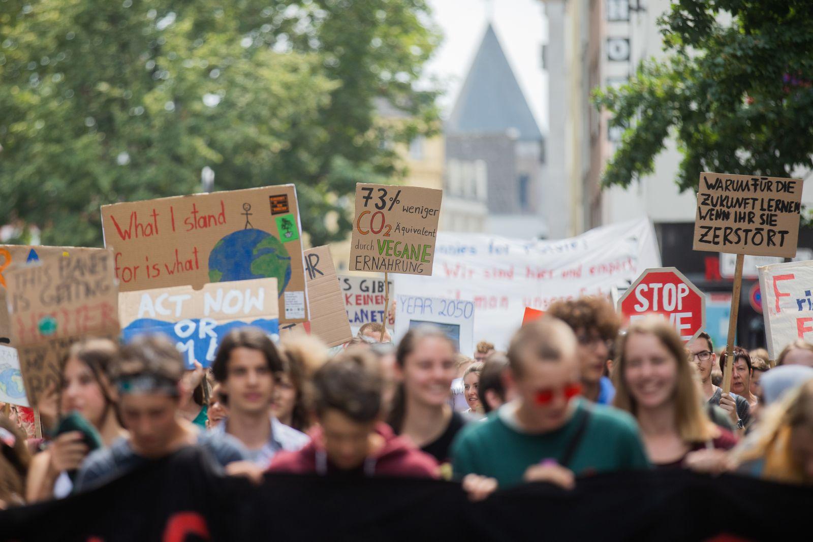 Klimaschützer/ Fridays for Future in Köln