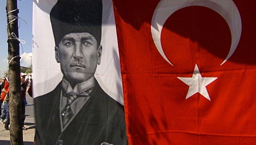 Mustafa Kemal Atatürk: Der Modernisierer