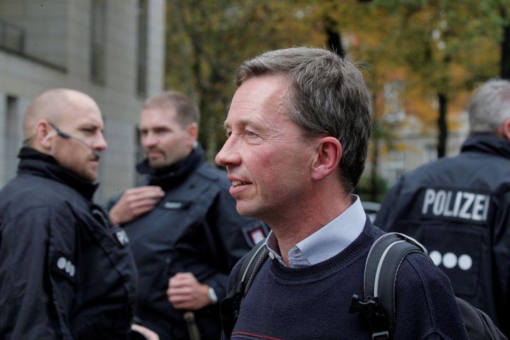 Bernd Lucke: Professor mit Personenschutz