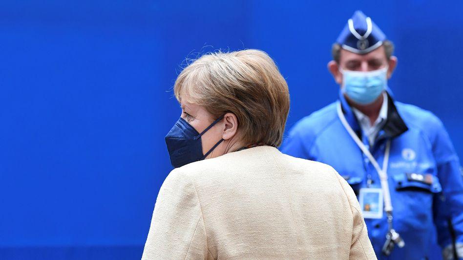 Angela Merkel: »Wir müssen alles versuchen, um eine vierte Welle zu verhindern«