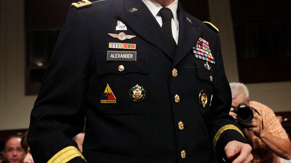NSA-Chef Keith Alexander: Abgeordnete zum Gespräch bitten lassen
