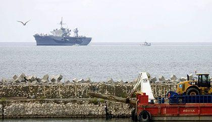 """""""USS Mount Whitney"""": Präsenz vor der georgischen Hafenstadt Poti"""