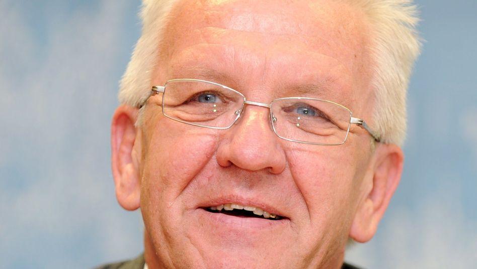 Winfried Kretschmann: Konzept zur Abschaffung von Studiengebühren vorgestellt