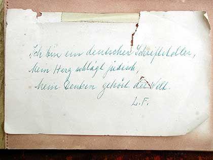 """Handschrift von Lion Feuchtwanger: """"Mein Denken gehört der Welt"""""""