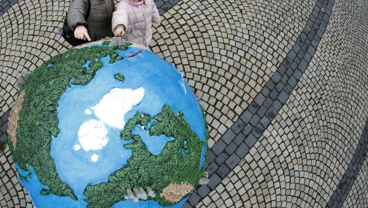 "Photo Gallery: World Climate Summit Starts in ""Hopenhagen"""