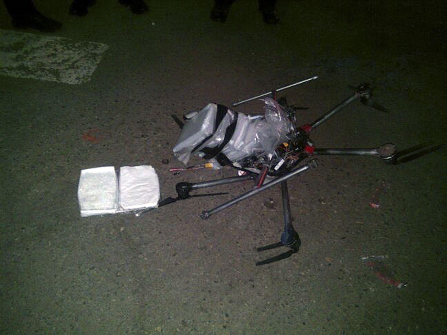 Drogen/ Drohne/ Tijuana