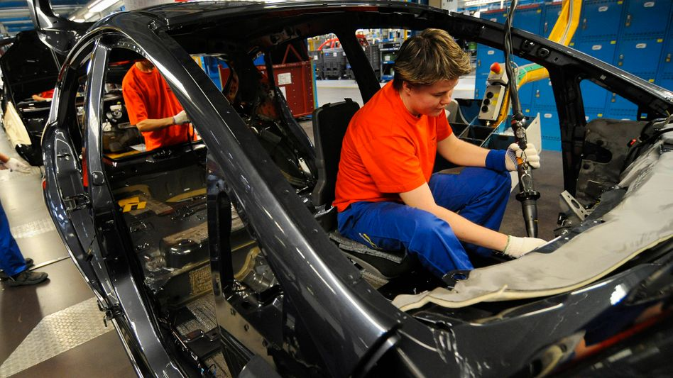 Ford-Werk in Köln: Deutschland verdaut die Krise besser dank Kurzarbeit