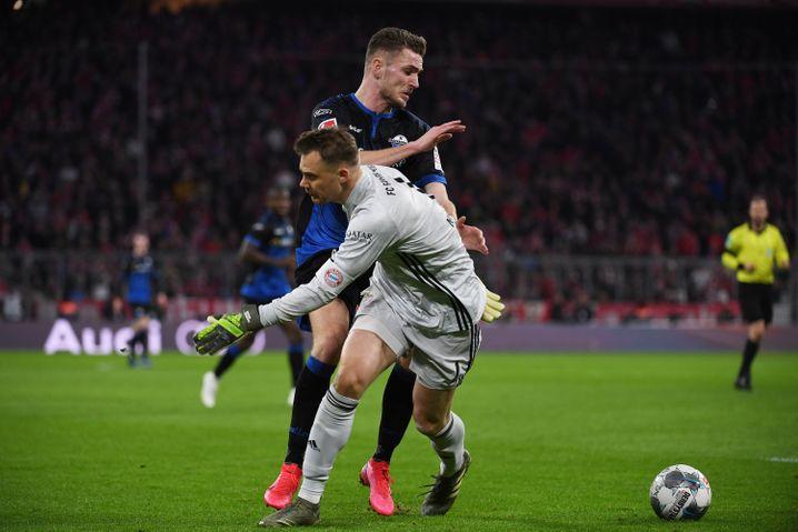 Do-si-do: Paderborns Dennis Srbeny tanzt Manuel Neuer aus