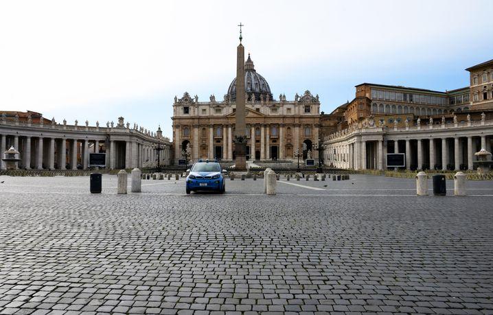 Der Petersplatz ist für Touristen geschlossen
