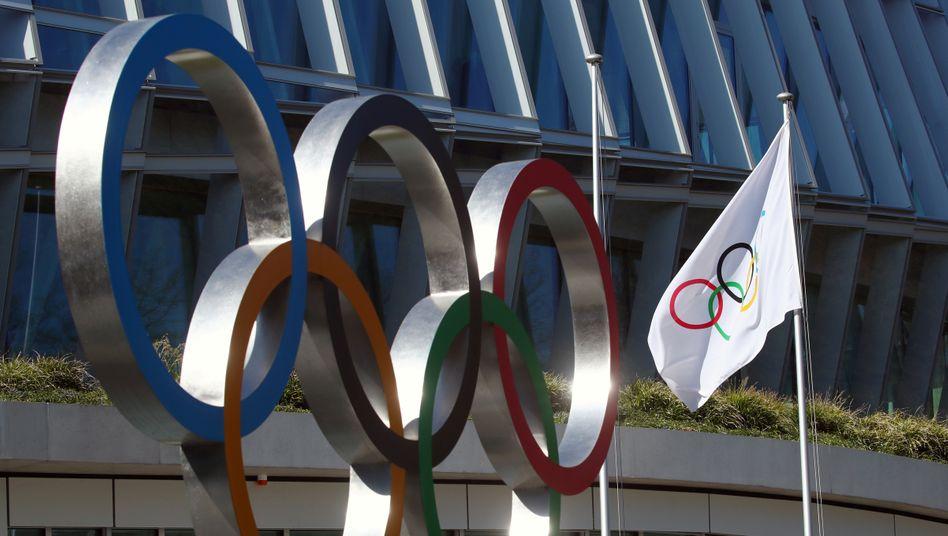 Die Olympischen Ringe vor dem IOC-Sitz in Lausanne