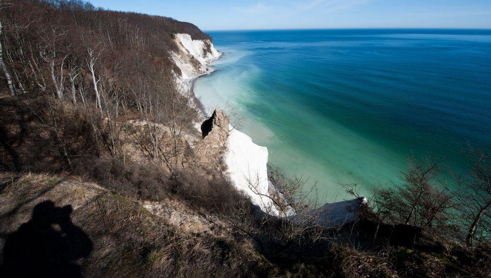 Ostseeinsel Rügen: Küstenwanderung mit Risiko