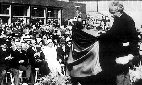 Albert Einstein bei der Ifa 1930: Warnung vor gedankenloser Nutzung der Technik