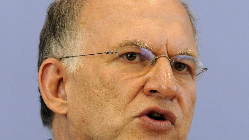 """Datenschützer Schaar: """"Da müssen dann auch ganz klar Sanktionen möglich sein"""""""