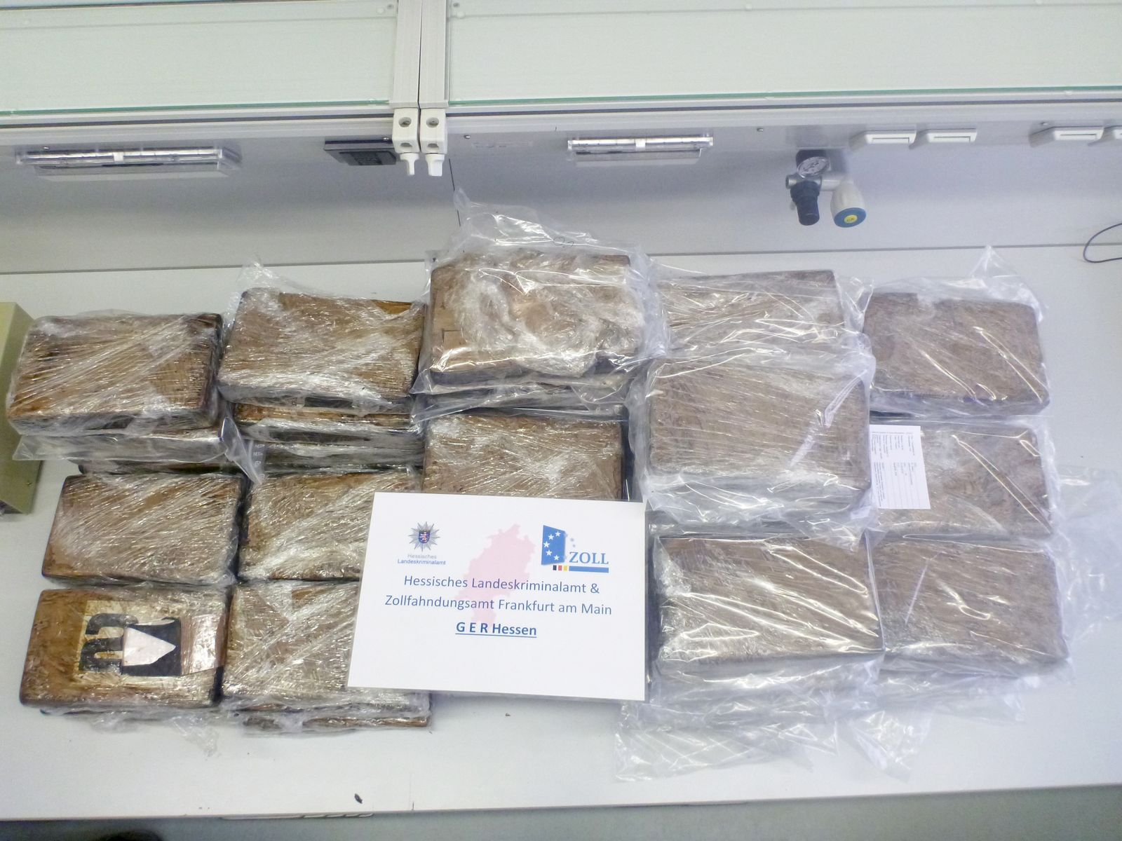EINMALIGE VERWENDUNG Kokainfund / Hessen