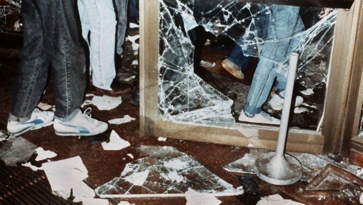 Besetzung der Normannenstraße: Schluss mit der Stasi