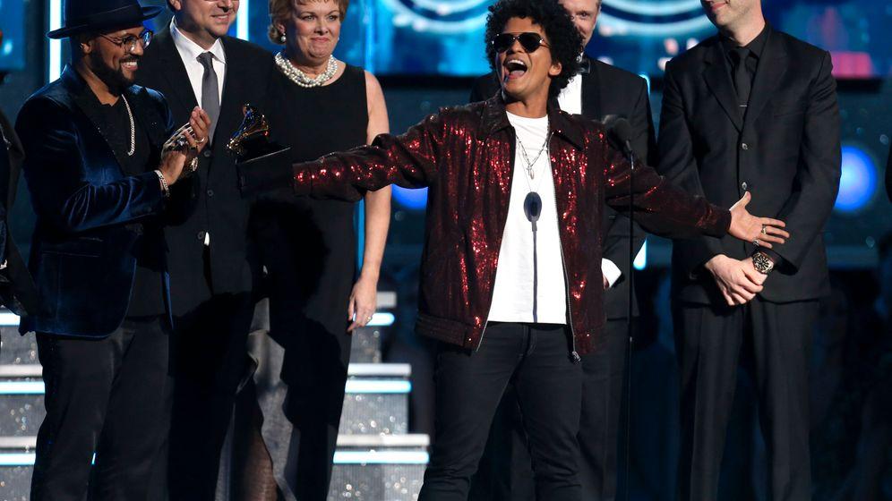 Ed Sheeran: Trällern für Bruno Mars