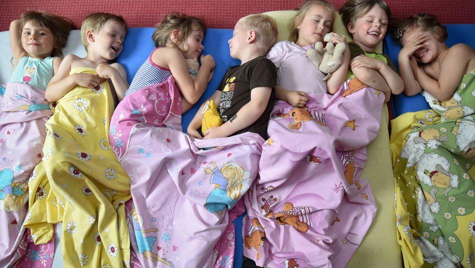 Kinder in der Kita: Praktikanten statt Erzieher