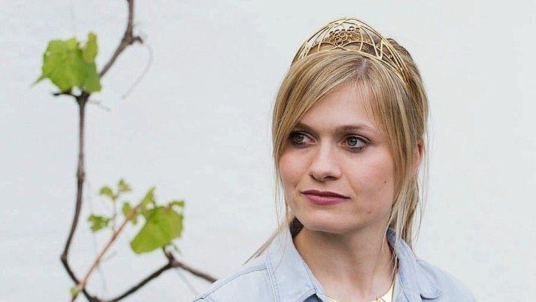 Bluse geht auch: Carolin Klöckner