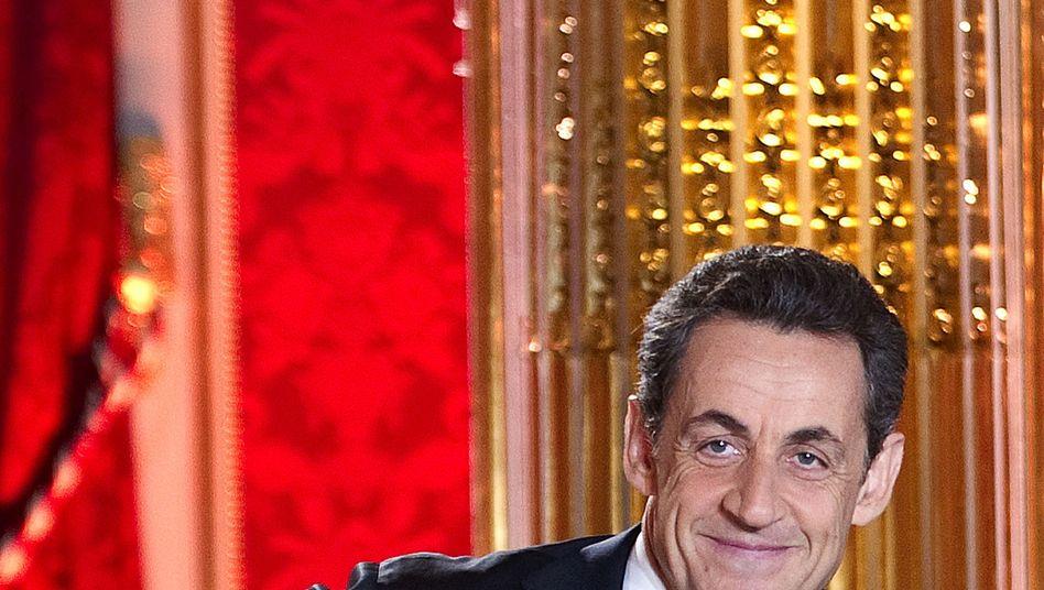 FrankreichsPräsident Nicolas Sarkozy imElyseé-Palast: Falschmeldung über Verkehrsunfall