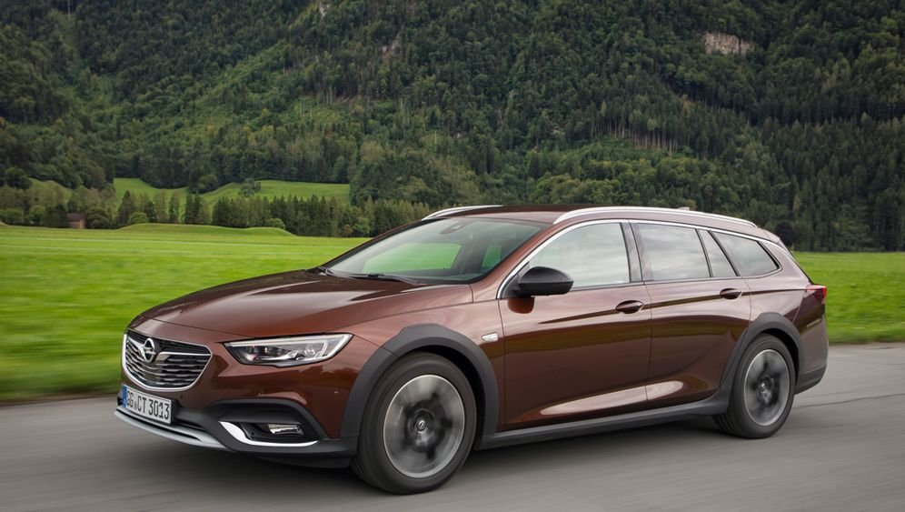 Autogramm Opel Insignia Country Tourer: Aufsteiger