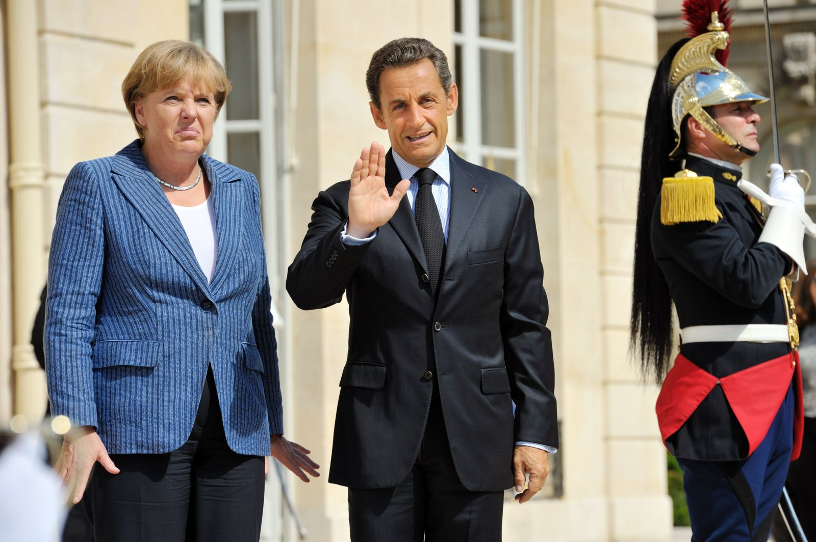 FRANCE-GERMANY-EUROZONE-FINANCE-ECONOMY-PUBLIC-DEBT