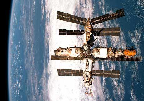 """Altersschwache Raumstation """"Mir"""": """"Die Russen wissen genau, was sie tun"""""""