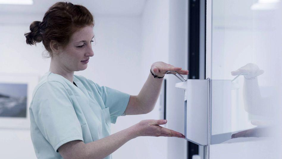 Da gehört es hin: Desinfektionsmittel im Krankenhauseinsatz