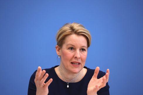 Familienministerin Giffey: »Das ist ja kein Gesetz und nicht zustimmungspflichtig, das machen wir jetzt«