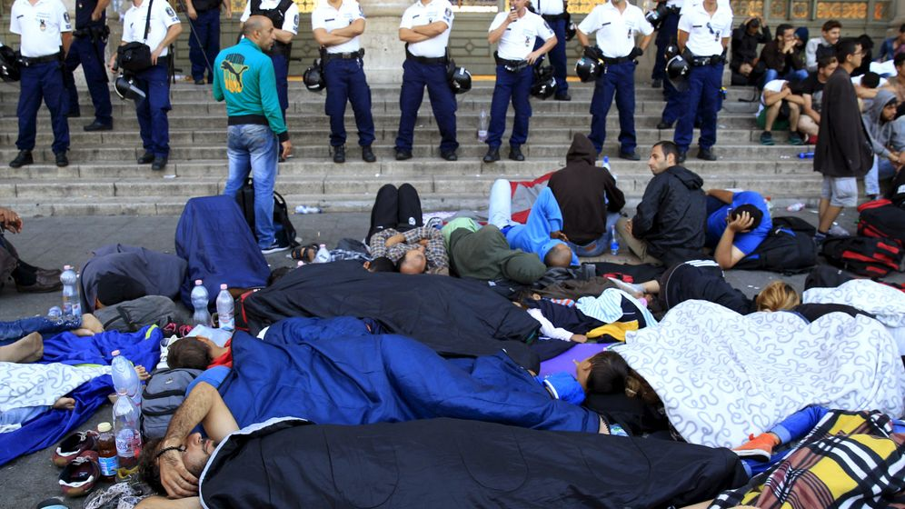 Ungarn: Protest gegen Orbáns Flüchtlingspolitik