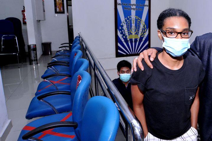 »Ich bin nicht schuldig«: Die US-Amerikanerin Kristen Gray auf der Einwanderungsbehörde auf Bali