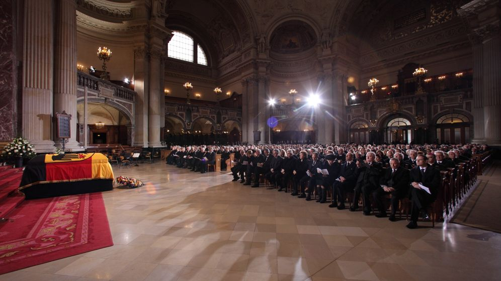 Trauerfeier für Weizsäcker: Letzte Ehre für den großen Staatsmann