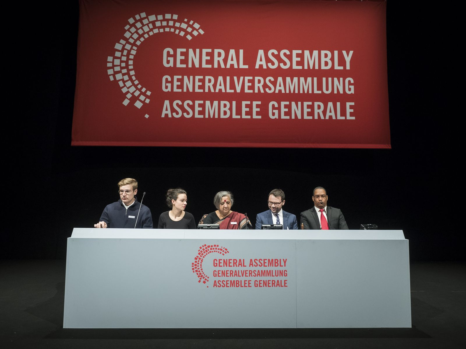 EINMALIGE VERWENDUNG General Assembly