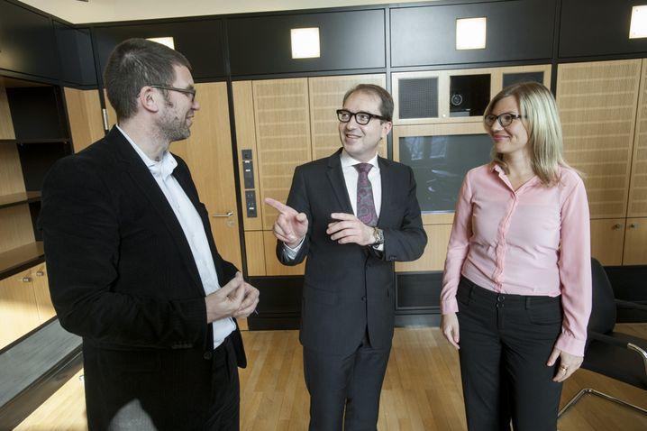 Bundesminister Dobrindt, Redakteure Peter Müller und Annett Meiritz