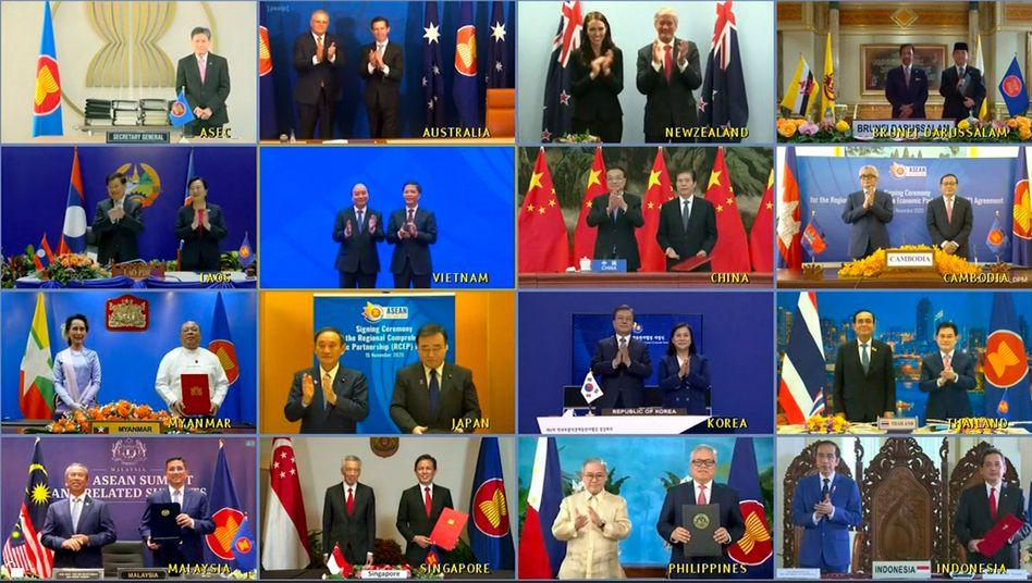 Applaus, Applaus: Die Vertreter von 15 Nationen und der Asean-Generalsekretär bei der virtuellen Unterzeichnung des RCEP-Abkommens